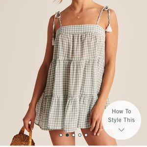 NWOT A&F Trapeze Coverup in light green check